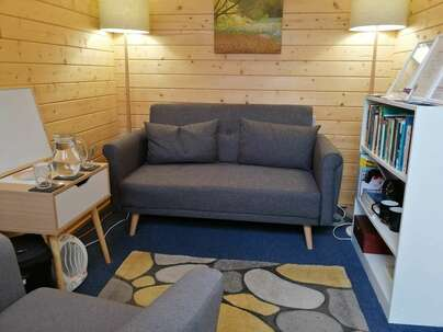 Counselling cabin Worle, weston-super-mare